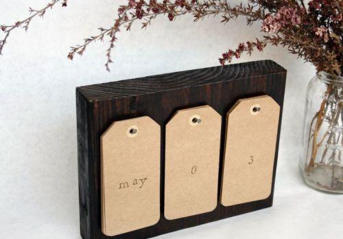 Lịch để bàn bằng gỗ độc quyền sáng tạo